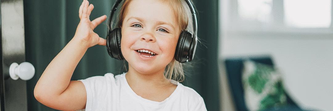 Benefícios da música nas diferentes fases do  desenvolvimento infantil