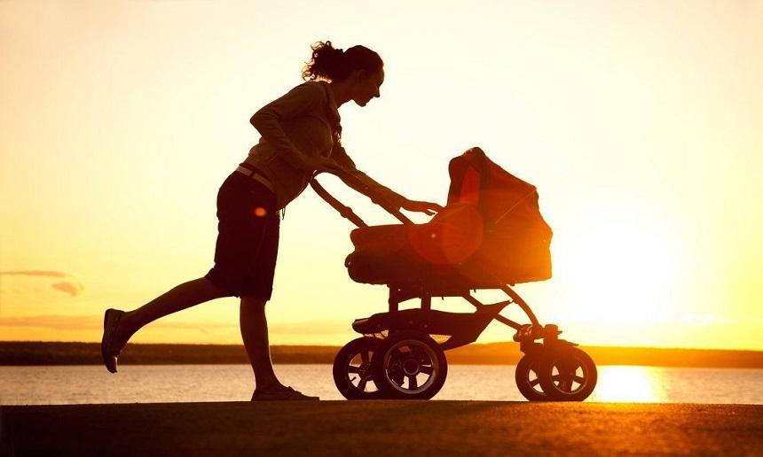 Corrida com o bebê no carrinho, benefício em dose dupla!