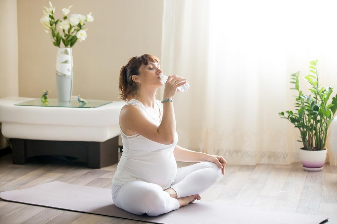 Como aliviar o intestino preso na gravidez?