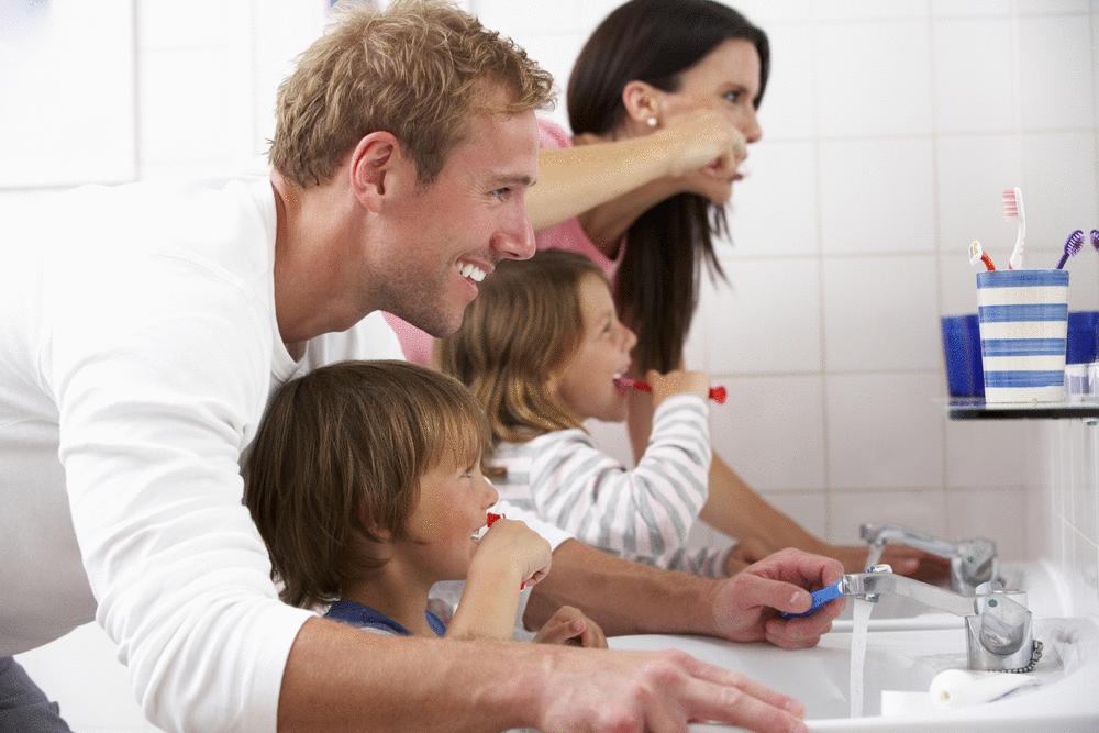 Como incentivar o seu filho a escovar os dentes?