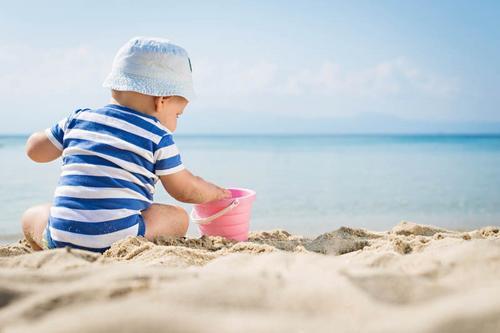 Cuidados com a criança na praia