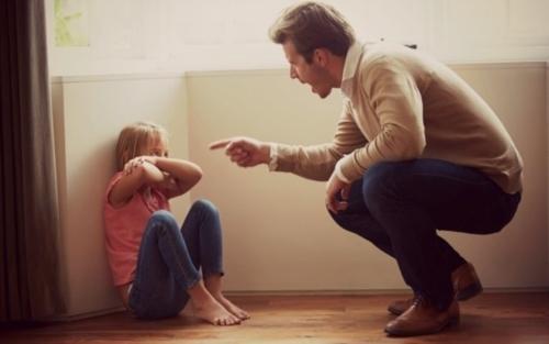 Não grite com seu filho, gritar nunca será o melhor caminho