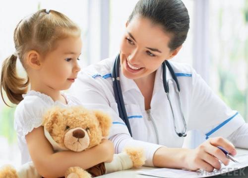 Sintomas e causas da asma em criança
