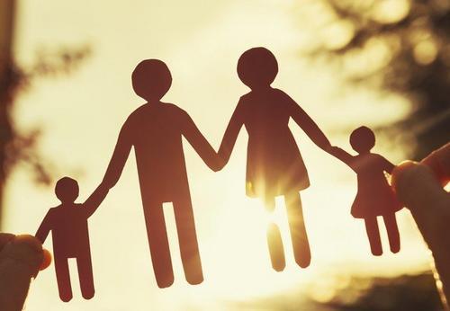 Pai e Mãe: Educar na mesma direção