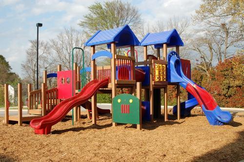 Cuidados na escola e no playground